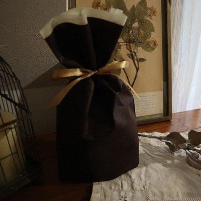 画像1: プリザーブドフラワー | 大輪のバラが印象的な贅沢なアレンジM【ガラスドーム】