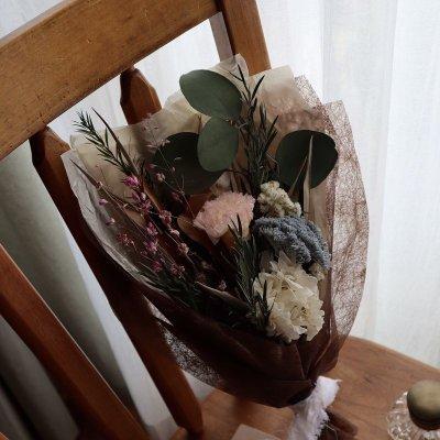 画像2: プリザーブドフラワー | 香りも飾り方も楽しめる花束