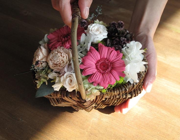 画像1: 「恋する乙女に贈る花」 (1)